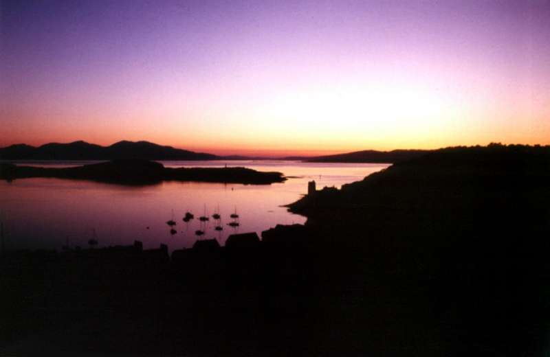 sunset-over-oban-bay-by-jim-hobbes-large