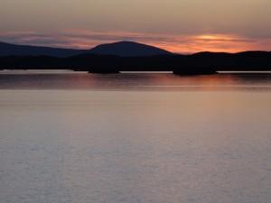 18-Otter crossing sunset Loch Eyport May 2015