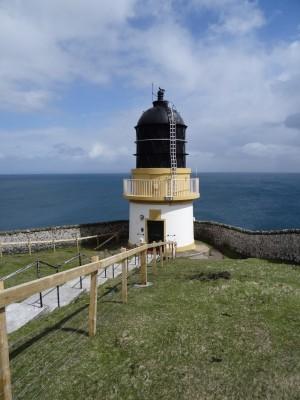 22-Ushenish lighthouse May 2015 (4)