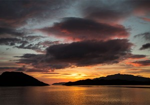 Loch-Dramhbuie sunset by Nigel Spencer